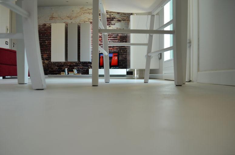 pavimento_in_resina_bianco